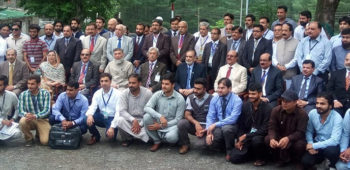 Group-photo-of-Participants-of-5th-International-Earth-Science-Conference